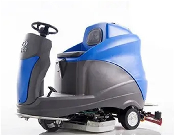 All-electric Manually-steered Floor Scrubber X8